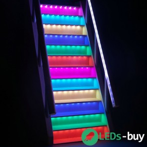 Trapverlichting 60cm 60 LEDs/mtr LED strip RGB IP65